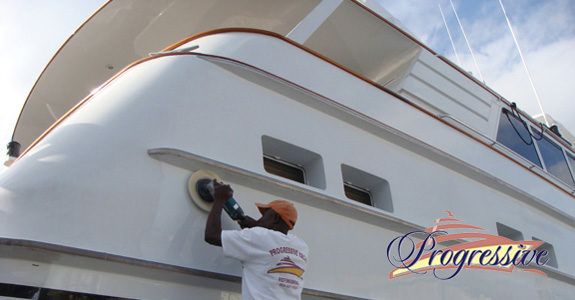 Yacht_Buffing_Waxing1