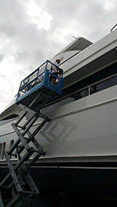 Yacht_Buffing_Waxing_repair7